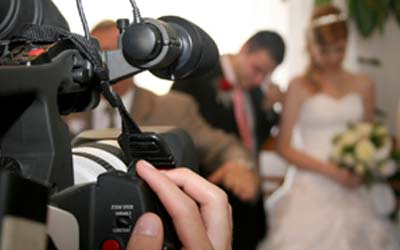Hiring A Professional Photographer For Your Wedding